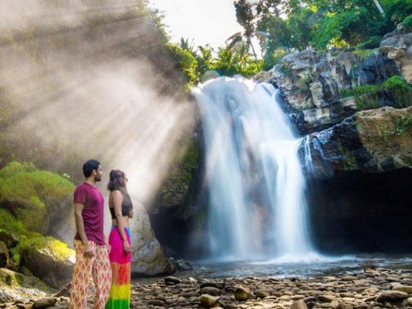 tegenungan-waterfall
